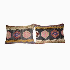 Fundas de cojín lumbar geométricas hechas con kilim de Vintage Pillow Store Contemporary. Juego de 2