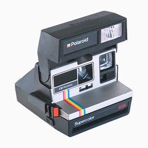 Cámara estadounidense Supercolor 635 de Polaroid, años 70
