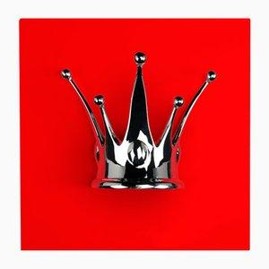 Wandtafel in Rot & Silber mit Krone von VGnewtrend