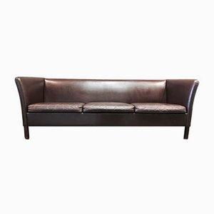 Sofá de tres plazas escandinavo de cuero marrón, años 50