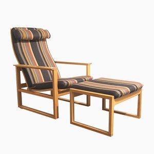 Dänisches Set mit Modell 2254 Sessel & Modell 2248 Fußhocker aus Eichenholz von Børge Mogensen für Fredericia, 1980er