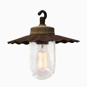 Lámpara colgante industrial de hierro fundido y vidrio, años 50