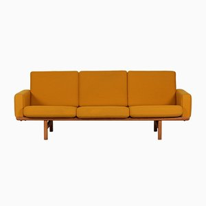 Mid-Century GE 236/3 Sofa by Hans J. Wegner for Getama, 1950s