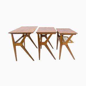 Tavolini ad incastro di Johannes Andersen per CFC Silkeborg, Scandinavia, anni '50, set di 3