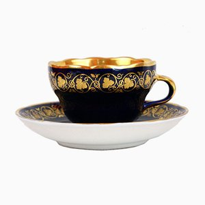 Antike handbemalte Tasse mit Untertasse in Gold & Kobaltblau von KPM Berlin