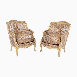 Sillones estilo Louis XV lacados en blanco roto y dorado, años 50. Juego de 2