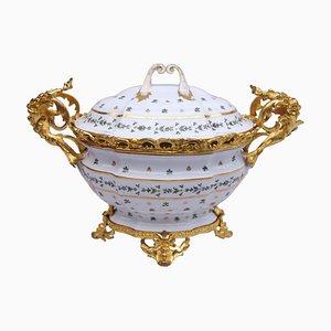 Zuppiera in stile Luigi XV in porcellana, Francia, inizio XX secolo
