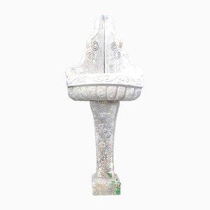Antiker Brunnen aus kantigem Stein, 1800er