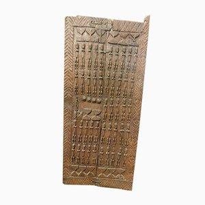 Antike Holztür eines afrikanischen Häuptling