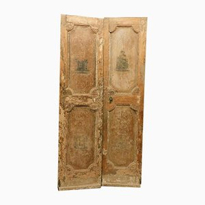 Antique Italian Beige Lacquered Double Door with Painted Sculptures