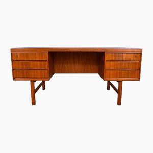 Dänischer Modell 76 Schreibtisch aus Teak von Gunni Omann für Omann Jun, 1960er
