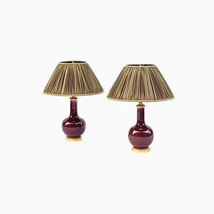 Tischlampen mit dunkelrotem Porzellanfuß, 1950er, 2er Set