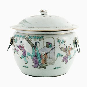 Antike chinesische Familie Verte Kübelvase aus Porzellan