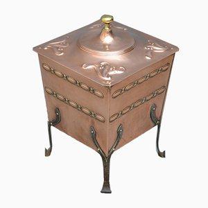 Antiker Arts & Crafts Kohlenbehälter aus Kupfer