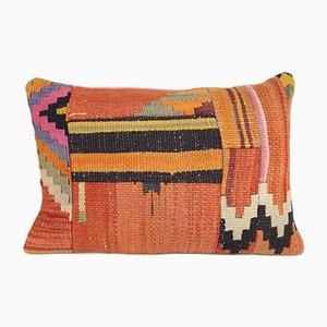 Funda de cojín hecha con kilim turco con motivos tribales de Vintage Pillow Store Contemporary