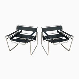 Vintage Black Leather & Metal Wassily Chairs by Marcel Breuer for Gavina, 1970s, Set of 2