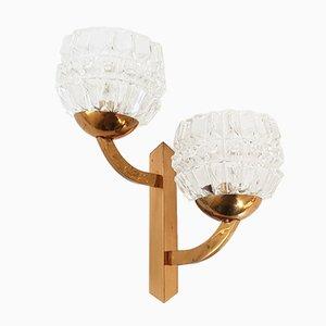 Französische Mid-Century Wandlampe aus Messing & Glas, 1950er
