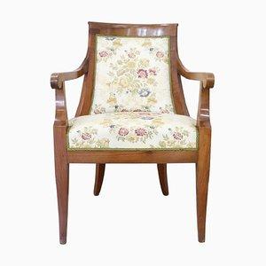 Antiker Armlehnstuhl aus Nussholz, 1805er