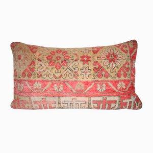 Handgewebter Kissenbezug aus niedrigflorigem Oushak Teppich von Vintage Pillow Store Contemporary