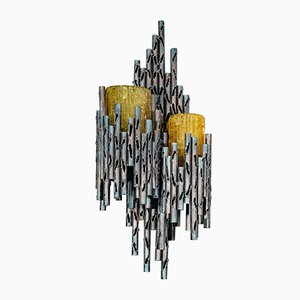 Lámpara de pared brutalista de vidrio y hierro naranja de Marcello Fantoni, años 60