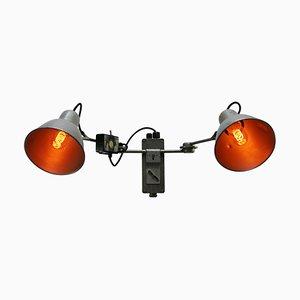 Graue Mid-Century Wandlampe aus Aluminium, 1950er
