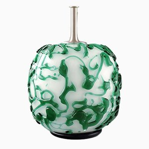 Lampada da tavolo vintage in vetro verde scuro e bianco di Holmegaard, anni '60