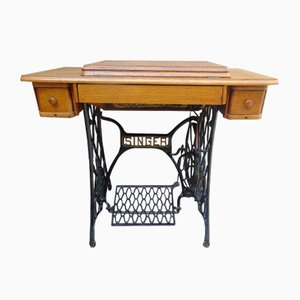 Art Nouveau German Sewing Machine and Table from Singer, 1900s