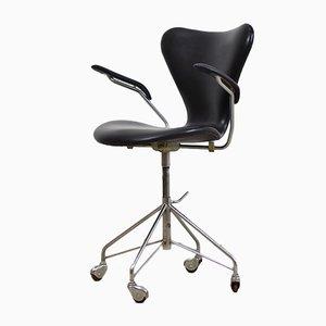 Chaise de Bureau Pivotante Modèle 3217 par Arne Jacobsen pour Fritz Hansen, 1955