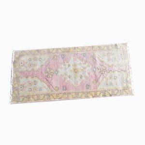 Kleiner Yastik Teppich mit niedrigem Flor, 1970er
