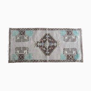 Kleiner handgemachter türkischer Vintage Cappadocia Medallion Teppich