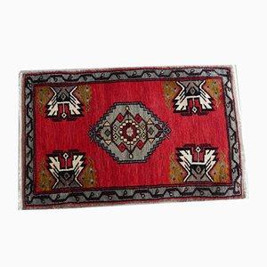 Kleiner türkischer Teppich in Akzentfarbe, 1970er