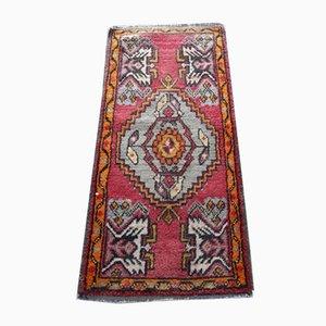 Kleiner handgeknüpfter türkischer Teppich, 1970er