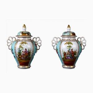 Petits Vases Antiques en Porcelaine avec Couvercle, Set de 2