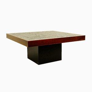 Mesa de centro vintage con superficie cuadrada