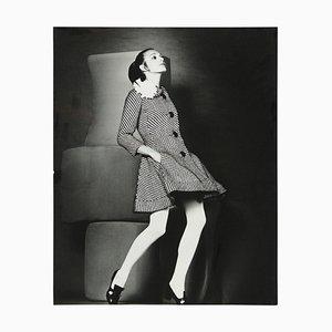 Póster francés de mujer bailando de Robert Jean Chapuis, años 60
