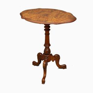 Antiker viktorianischer Beistelltisch aus Nussholz