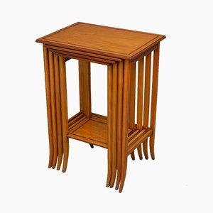 Tavolini ad incastro edoardiani antichi in palissandro, fine XIX secolo, set di 4