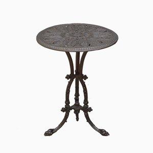 Mesa de jardín victoriana antigua de hierro fundido