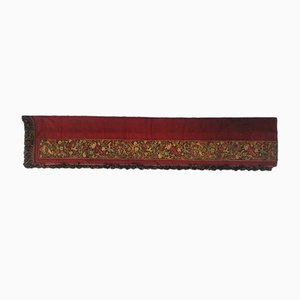Antiker französischer Teppich mit Gobelinstickerei