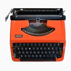 Orangefarbene 210 Schreibmaschine von Brother, 1970er