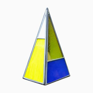 Lampada a piramide in vetro colorato, Belgio
