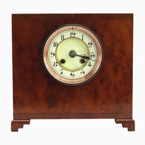 Reloj de repisa de nogal de Samuel Marti, década de 1870