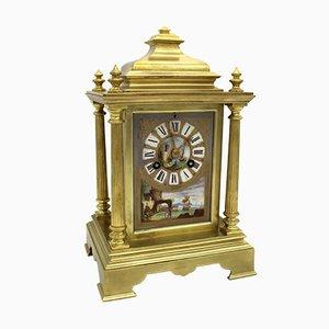 Reloj de péndulo de porcelana francés Napoleón III antiguo de bronce dorado y porcelana pintada