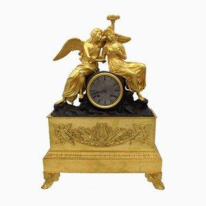 Reloj de péndulo francés Charles X de bronce dorado, siglo XIX