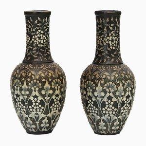 Antike Pate-Sur-Pate Vasen von Eliza Simmance für Doulton Lambeth, 2er Set