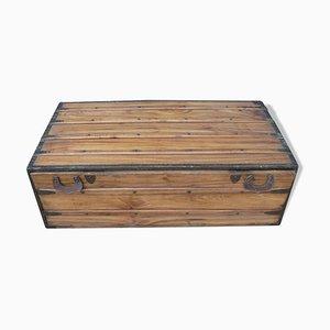Baule da viaggio antico in legno