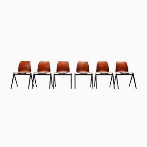 Stapelbarer Stuhl in Rot & Schwarz von Pagholz Flötotto, 1970er