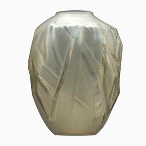 Französische Art Déco Vase aus Milchglas von Schneider, 1920er
