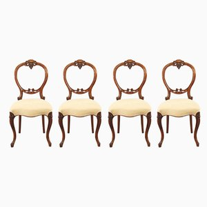 Antike Esszimmerstühle aus Nussholz, 4er Set