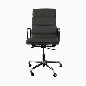 Chaise de Bureau EA 219 en Chrome et Cuir par Charles & Ray Eames pour Vitra, 1990s